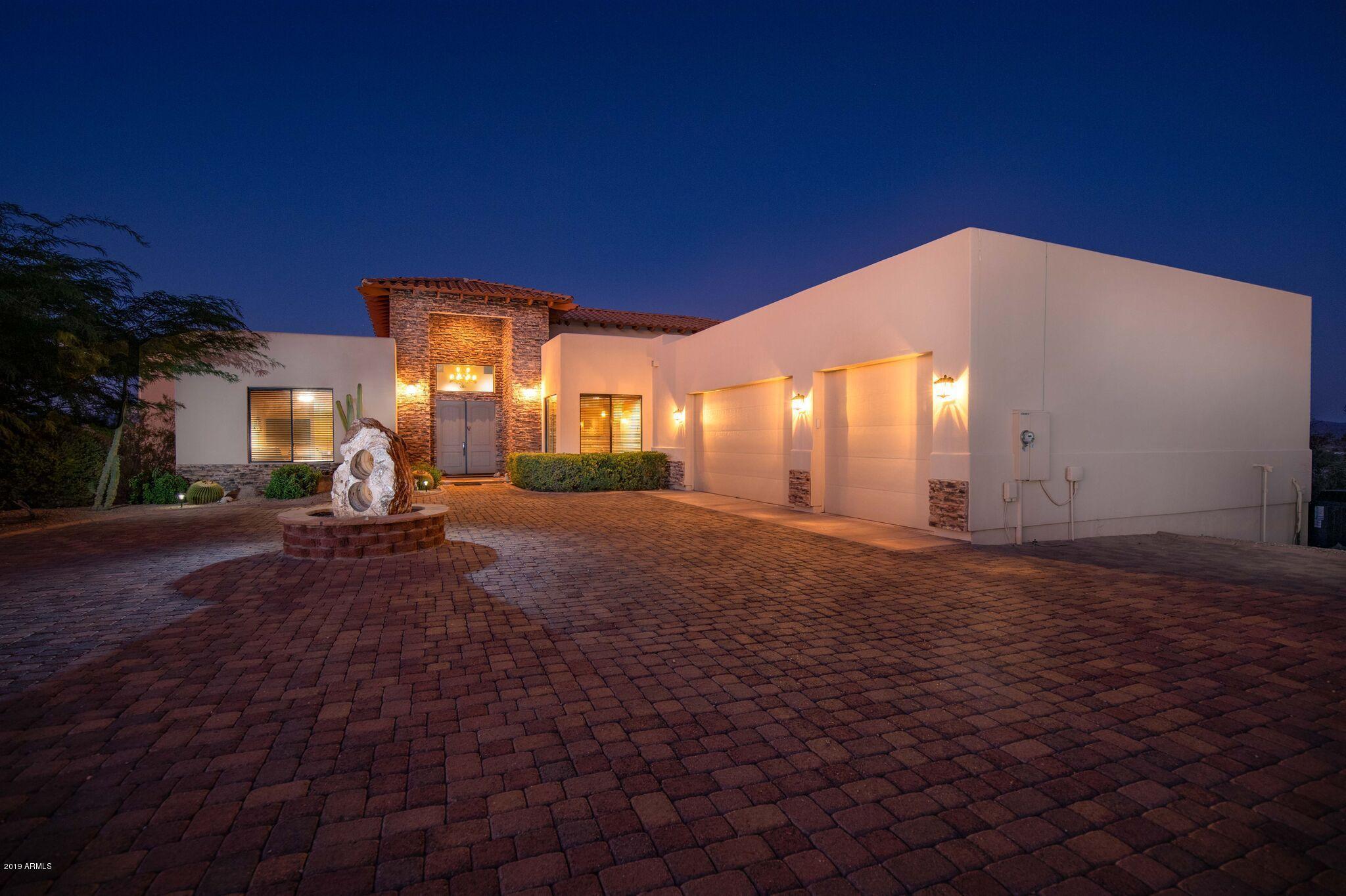 56214 N VULTURE MINE Road, Wickenburg, AZ 85390