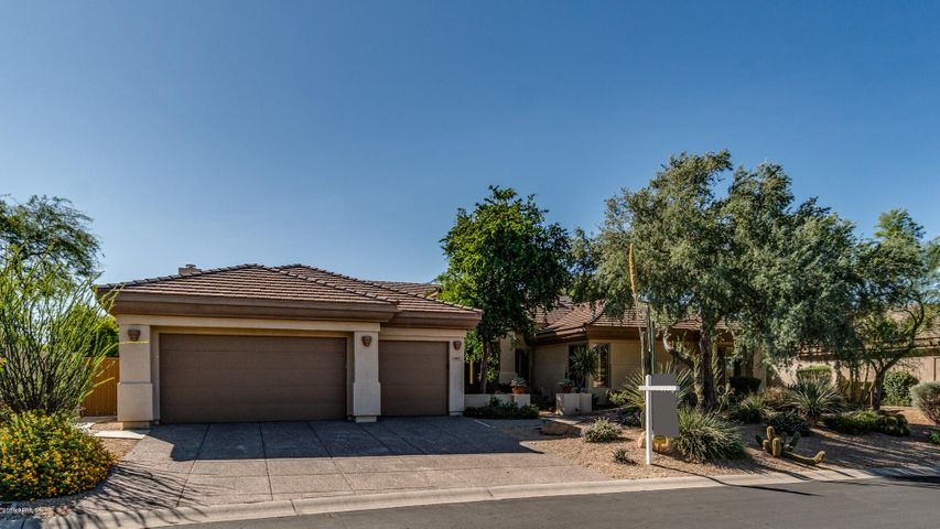 6461 E CRESTED SAGUARO Lane, Scottsdale, AZ 85266