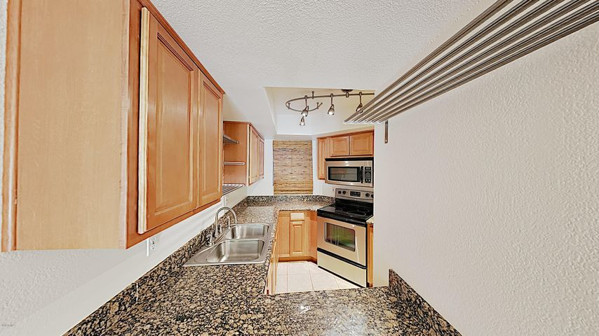 935 N GRANITE REEF Road, 120, Scottsdale, AZ 85257
