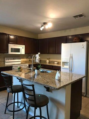 1824 W LYDIA Lane, Phoenix, AZ 85041