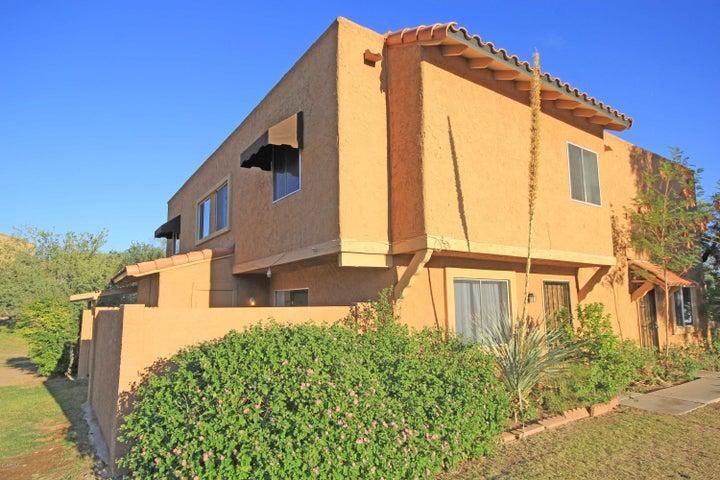 10229 N 8TH Street, B, Phoenix, AZ 85020