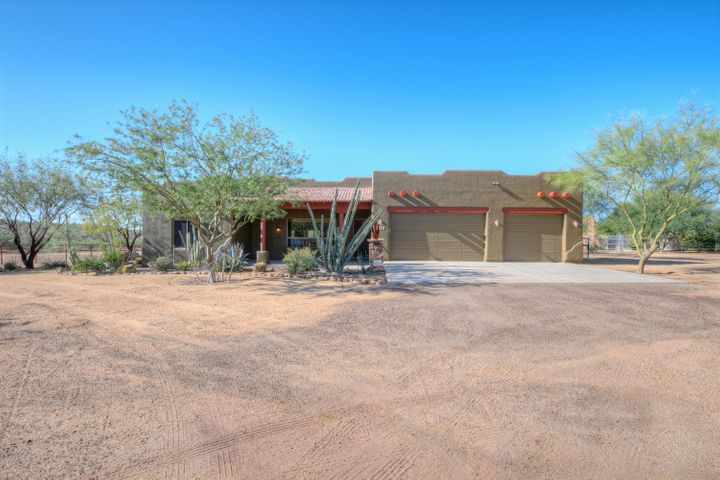 49826 N 21ST Drive, New River, AZ 85087