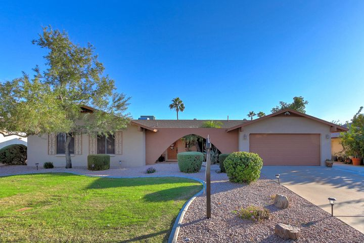 3929 W GROVERS Avenue, Glendale, AZ 85308