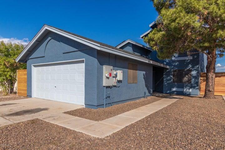 8240 W Greer Avenue, Peoria, AZ 85345