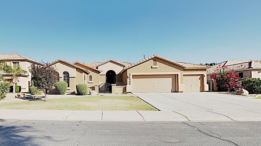 2919 S Larkspur Street, Gilbert, AZ 85296