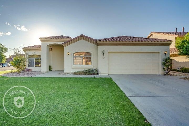 1334 N PEBBLE BEACH Drive, Gilbert, AZ 85234