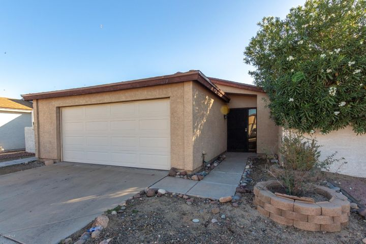 11139 N 82ND Lane, Peoria, AZ 85345