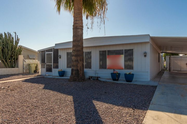 6509 W SUNNYSLOPE Lane, Glendale, AZ 85302