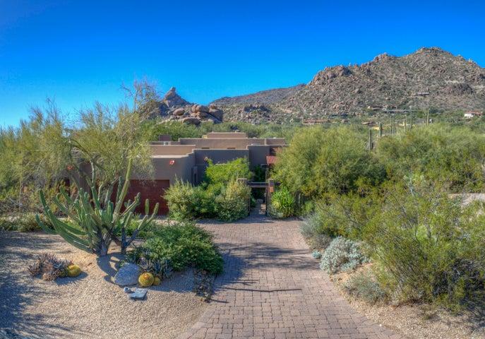 2206 N SAGEBRUSH Lane N, Carefree, AZ 85377
