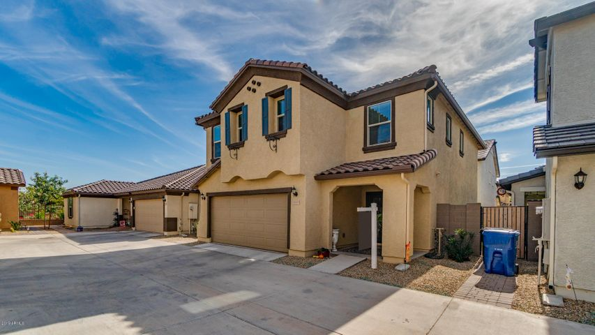 11675 N 165th Lane, Surprise, AZ 85388