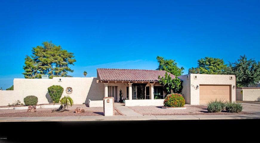 2004 E VAUGHN Street, Tempe, AZ 85283