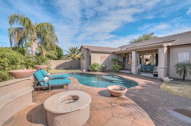 4638 W FALLEN LEAF Lane, Glendale, AZ 85310
