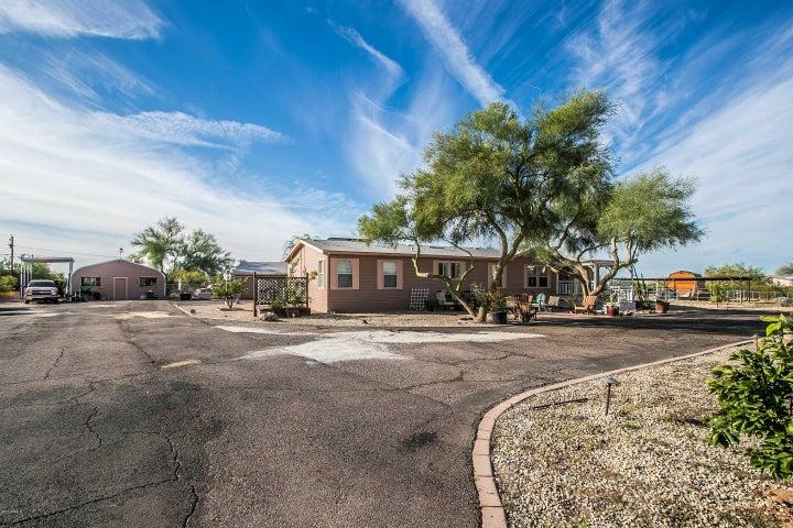 527 W Lost Dutchman Boulevard, Apache Junction, AZ 85120
