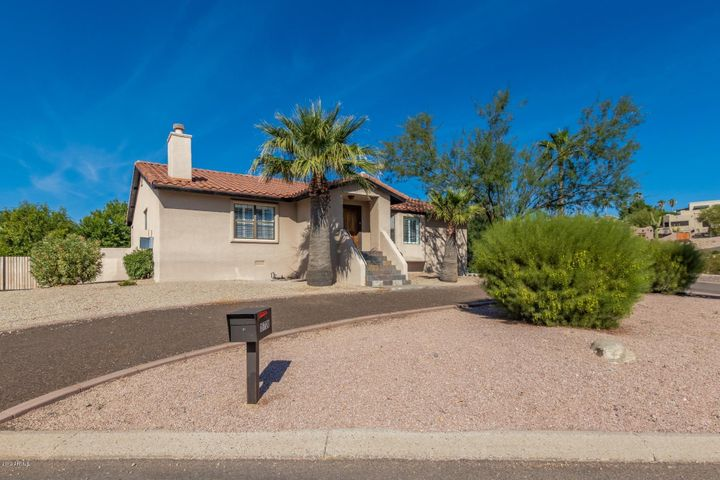 15720 E RICHWOOD Avenue, Fountain Hills, AZ 85268