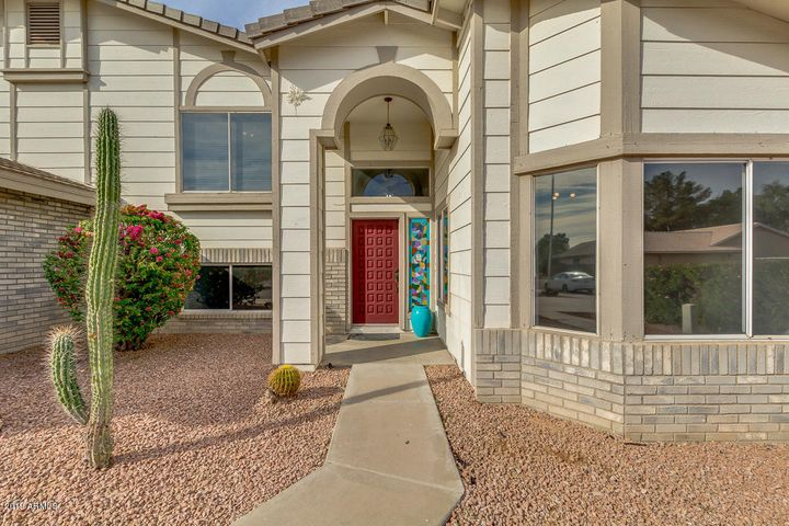1360 N DESOTO Street, Chandler, AZ 85224