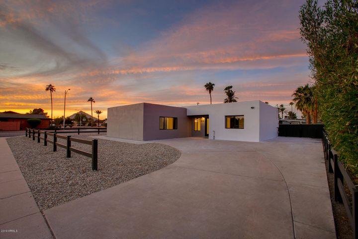 8402 E HEATHERBRAE Avenue, Scottsdale, AZ 85251