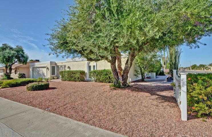 9402 W SHIPROCK Drive, Sun City, AZ 85351