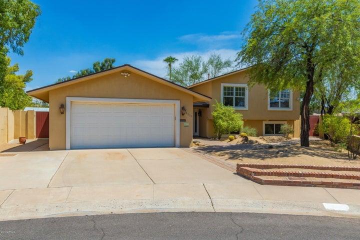 8613 E WHITTON Avenue, Scottsdale, AZ 85251