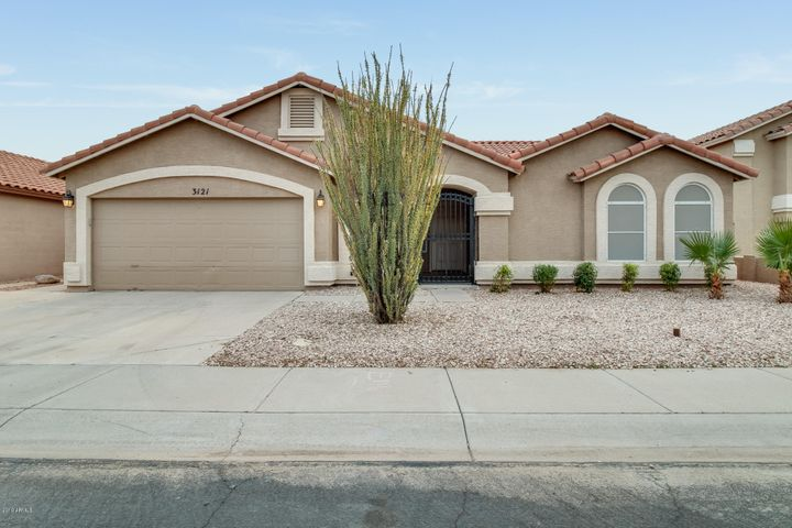 3121 W FRANKFURT Drive, Chandler, AZ 85226
