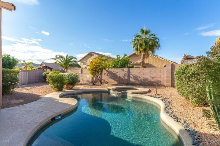 17207 E KENSINGTON Place, Fountain Hills, AZ 85268