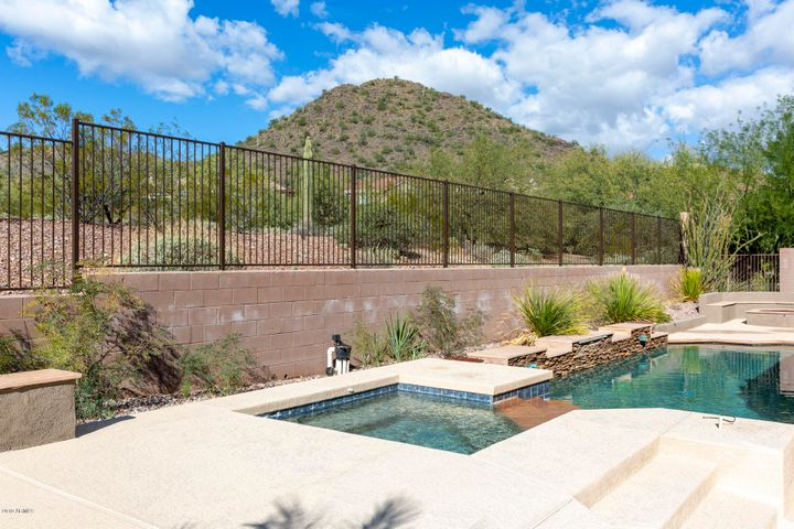 In-Ground Spa, Sparkling Pool and Views of Daisy Mountain