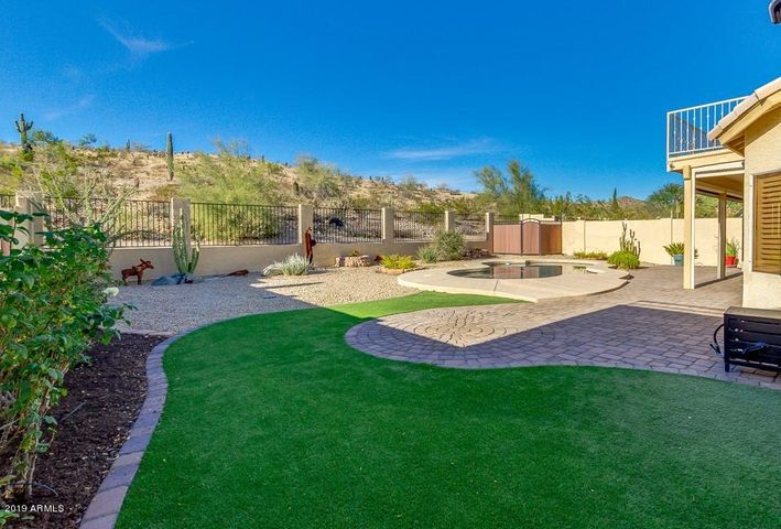 BEAUTIFUL 5 BEDROOM, 3 BATH HOME, LOADED WITH UPGRADES!