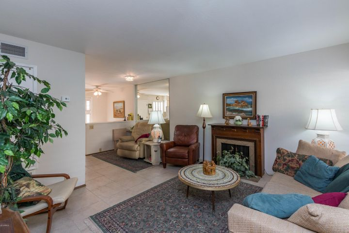 4600 N 68TH Street, 330, Scottsdale, AZ 85251