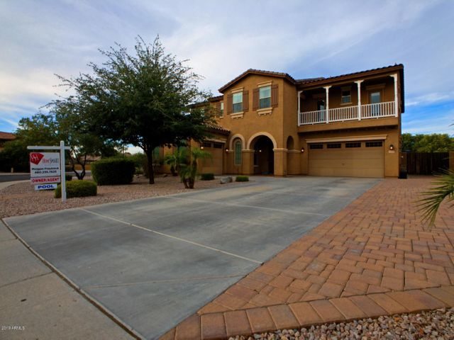3122 E SPORTS Court, Gilbert, AZ 85298