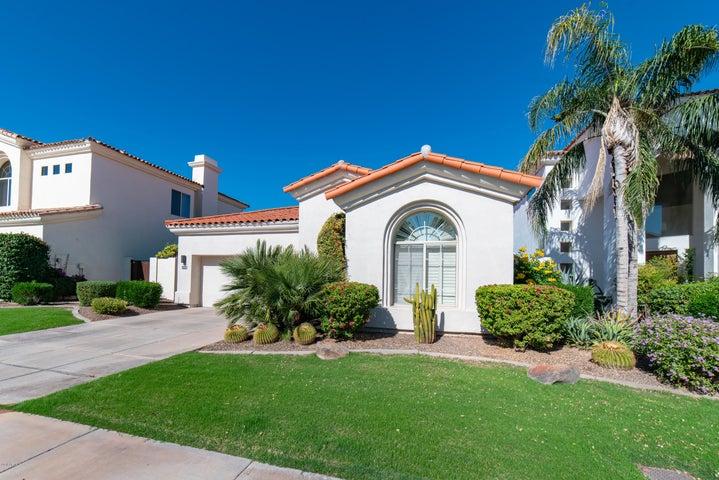 7526 E KRALL Street, Scottsdale, AZ 85250