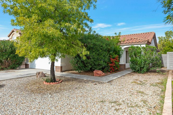 1282 E WASHINGTON Avenue, Gilbert, AZ 85234