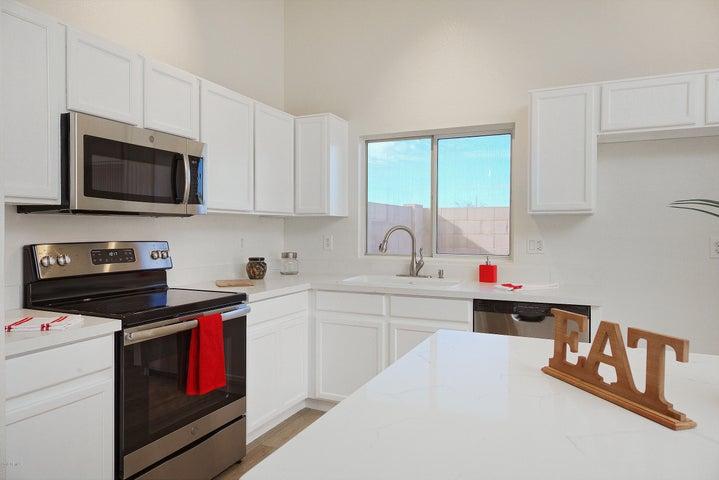11630 W Hubbell Street, Avondale, AZ 85392