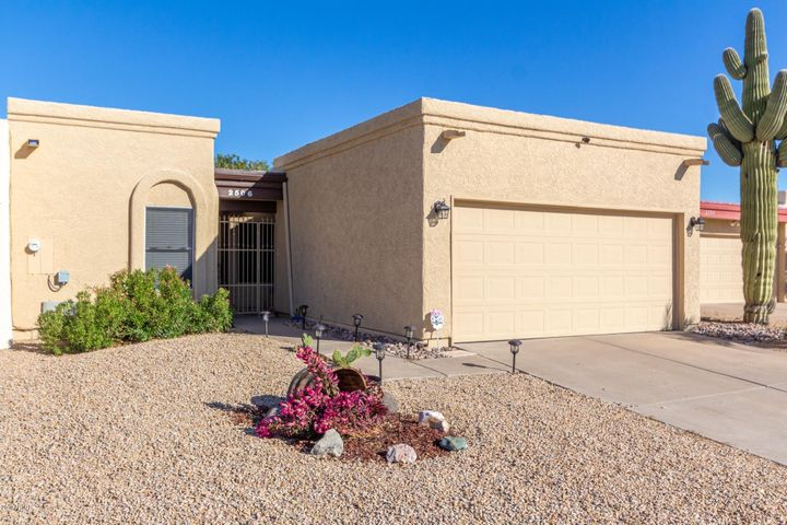 2506 E ROBERT E LEE Street, Phoenix, AZ 85032
