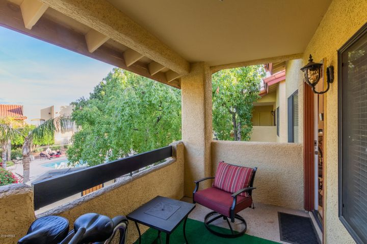 7008 E GOLD DUST Avenue, 241, Paradise Valley, AZ 85253