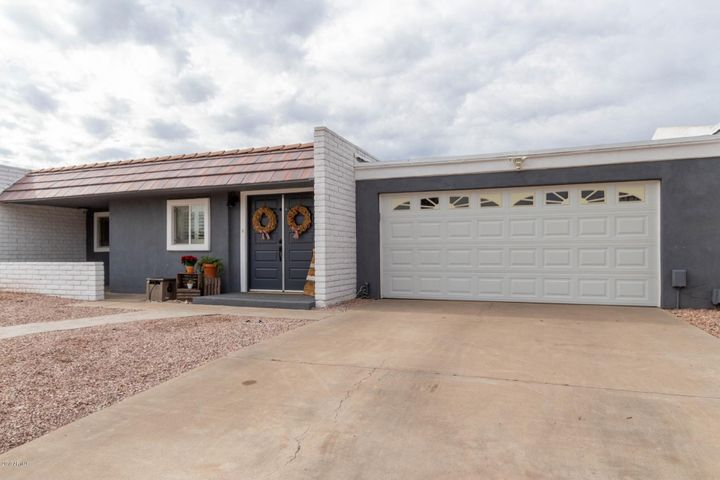 414 S CABRITO Circle, Litchfield Park, AZ 85340