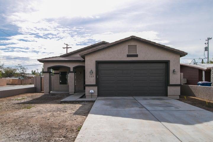 123 E Kinderman Drive, Avondale, AZ 85323