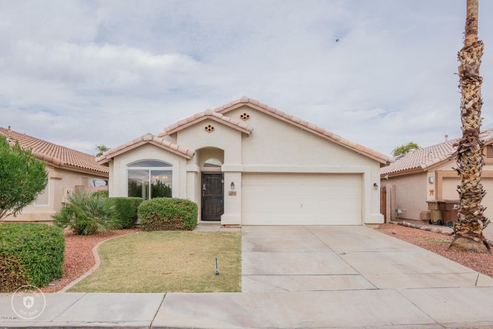 8610 W PARADISE Lane, Peoria, AZ 85382