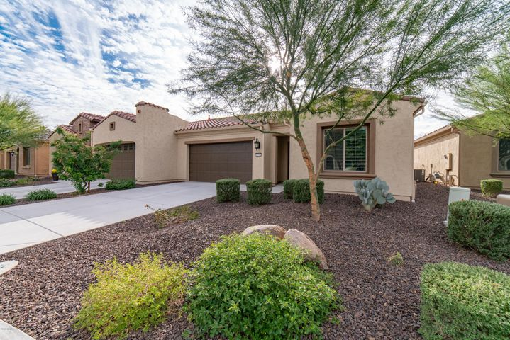 16943 W BERKELEY Court, Goodyear, AZ 85395
