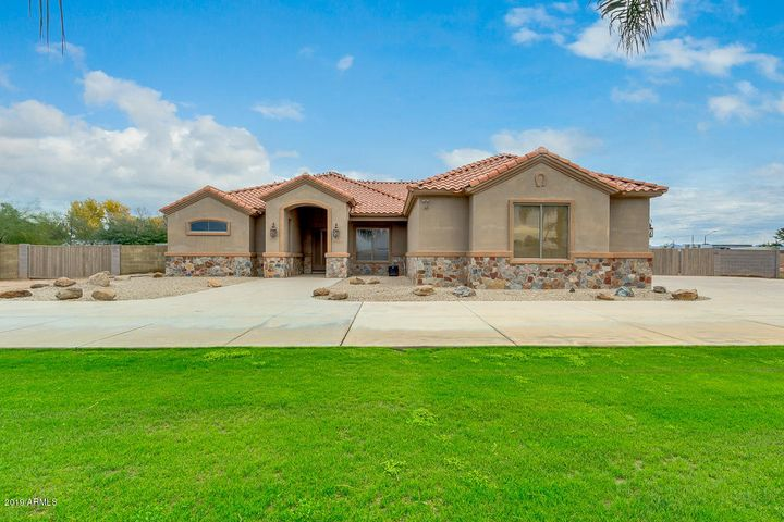 23417 S 155TH Street, Gilbert, AZ 85298