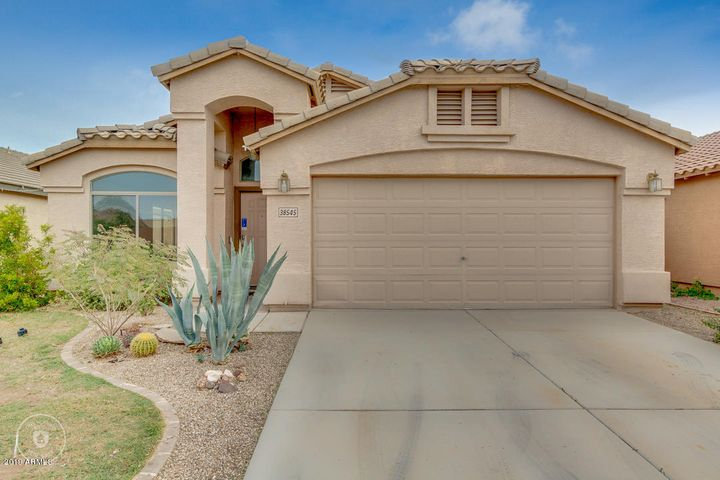 38545 N JONATHAN Street, San Tan Valley, AZ 85140