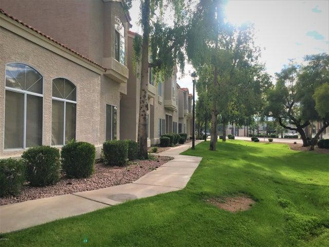 500 N ROOSEVELT Avenue, 2, Chandler, AZ 85226