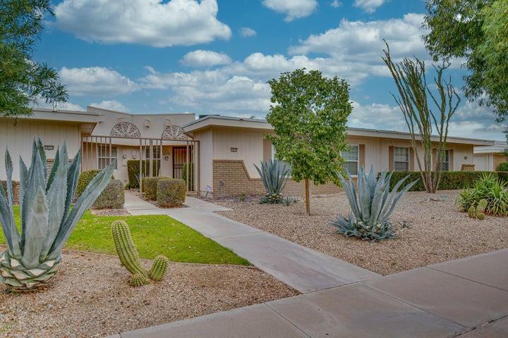 10514 W PALMERAS Drive, Sun City, AZ 85373