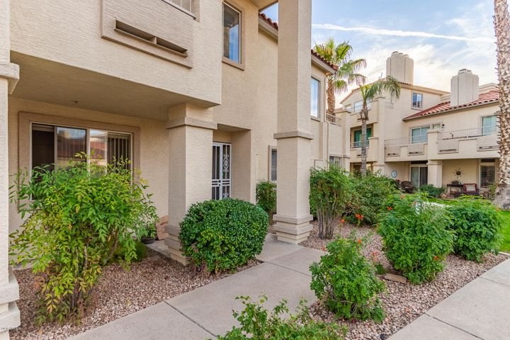10080 E MOUNTAINVIEW LAKE Drive, 117, Scottsdale, AZ 85258