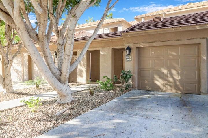 7401 W ARROWHEAD CLUBHOUSE Drive, 2004, Glendale, AZ 85308