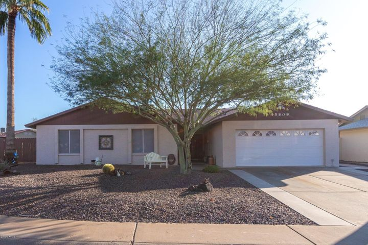 15809 N 48TH Drive, Glendale, AZ 85306