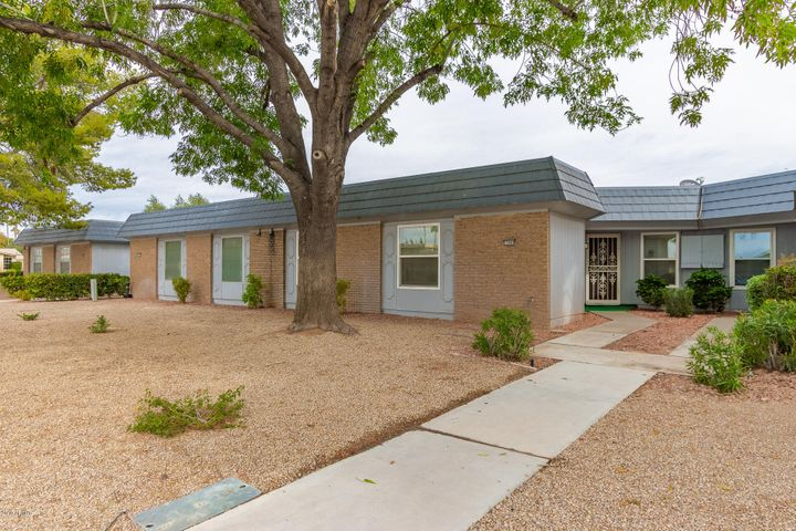 17469 N 105TH Avenue, Sun City, AZ 85373