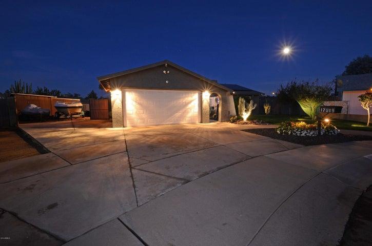 17819 N 24TH Place, Phoenix, AZ 85032