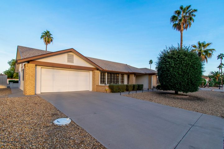 13552 W SPRING MEADOW Drive, Sun City West, AZ 85375