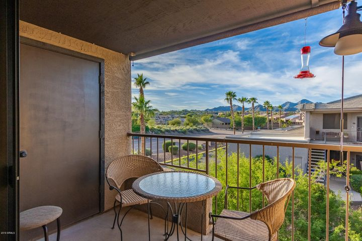 16528 E GUNSIGHT Drive, 202, Fountain Hills, AZ 85268