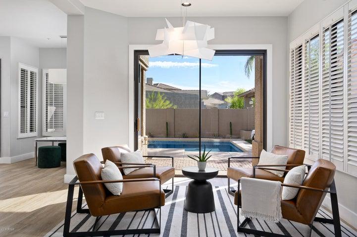 8100 E CAMELBACK Road, 72, Scottsdale, AZ 85251