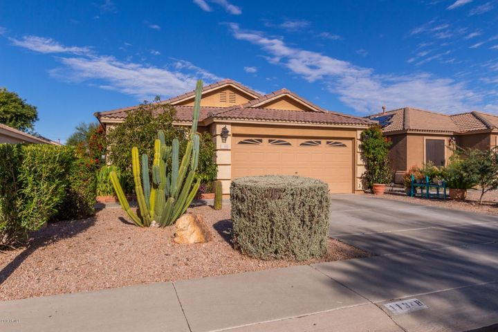 11348 W HUTTON Drive, Surprise, AZ 85378